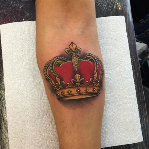 red crown tattoo 32 beautiful crown tattoos onpoint tattoos