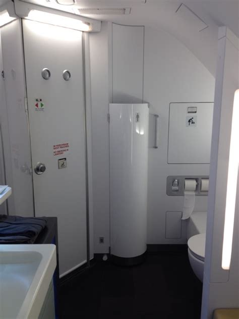 lufthansa first class bathroom lufthansa first class a380 frankfurt to san francisco