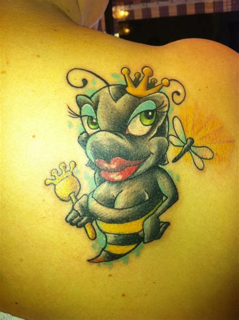 queen bee tattoo bee www imgkid the image kid