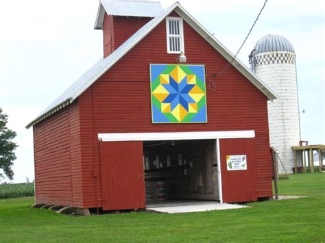Barn Quilts In Iowa by Iowa Barn Quilts Quilts By Carolyn Home Of Prairie Winds