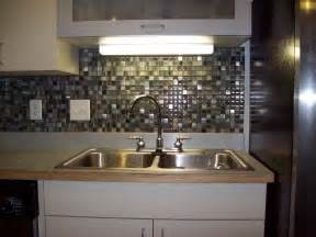 Kitchen Glass Tile Backsplash Designs by Cheap Backsplash Ideas For Modern Kitchen