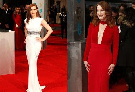 la alfombra roja de los premios bafta 2015 premios bafta fotogramas reese witherspoon julianne y entre las mejor vestidas de los bafta 2015