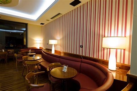 interni pub come scegliere i colori degli interni di un locale bar