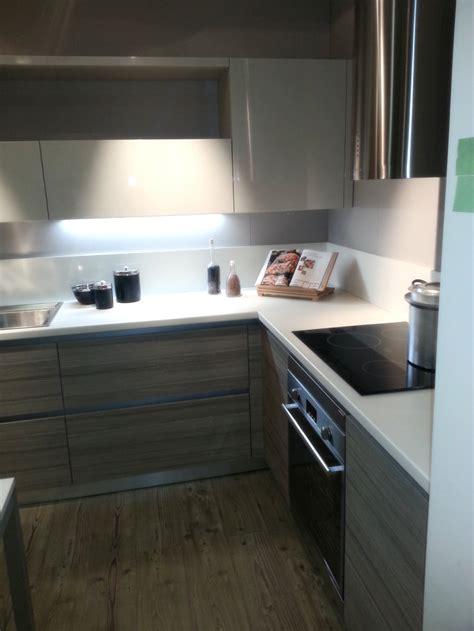 cucine moderne con piano cottura ad angolo cucina con piano cottura ad angolo home design ideas