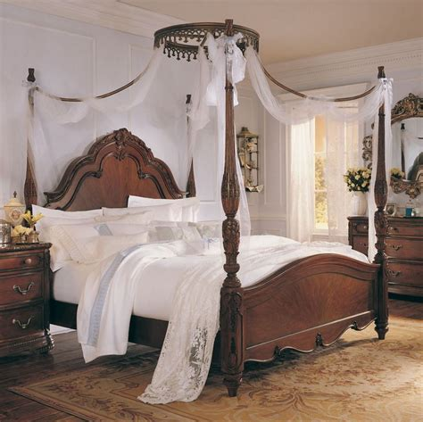 mcclintock bedroom set 17 best images about mcclintock on mcclintock traditional dining