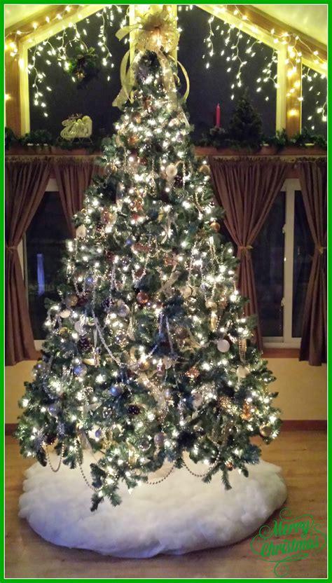 silver  gold christmas tree theme