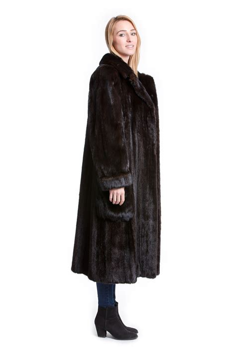 luxury ladies fur coats buy luxury mink coat real fur coat soft fur online at your