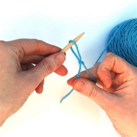 how to cast on thumb method knitting on thumb method knitting tips techniques