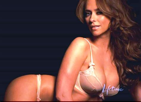 Jennifer Love Hewitt Big Tits In A Lingeriebra