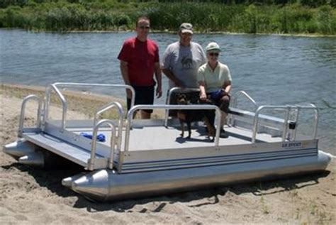 personal pontoon 17 best ideas about pontoons on pinterest pontoon party