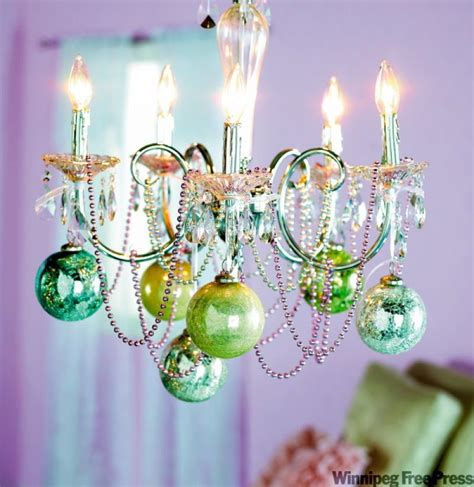 debbie travis make first christmas in own place sparkle