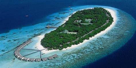 reethi island resort map reethi resort fonimagoodhoo maldives resort workers
