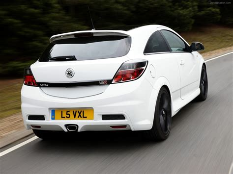 vauxhall astra vxr vauxhall astra vxr 2011 exotic car image 04 of 26