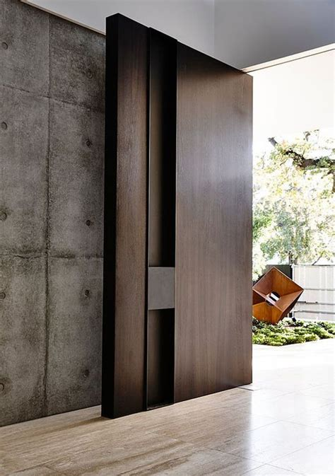 25 modern front door with wood accents decorazilla 25 best ideas about modern entrance door on pinterest