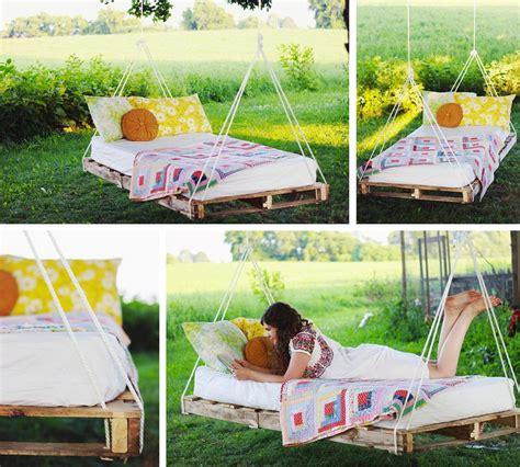 divanetto giardino riciclo dei pallet 48 idee per creare mobili con bancali