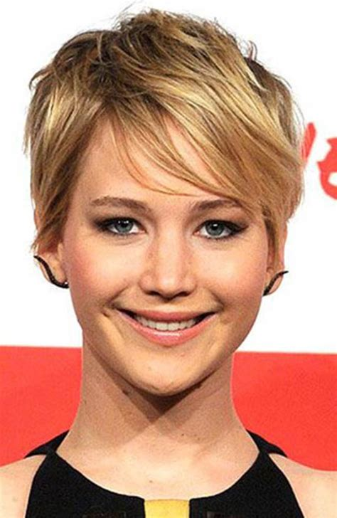 pixie cut with center part top 18 jennifer lawrence hairstyles haircuts inspire you
