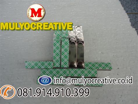 Magnet Name Tag Bulat Nama Dada Magnetic D17mm jual magnet untuk papan nama dada jual magnet magnet name tag dada pesan name tag lencana