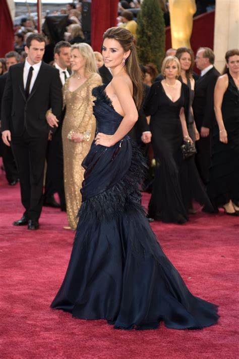 Oscars More Dress News by Top 10 Oscar Dresses Of All Time Neon