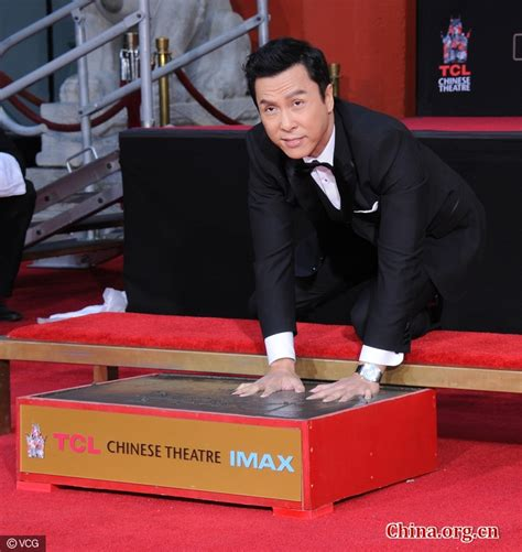 hong kong actor hollywood donnie yen leaves hand and foot prints in hollywood china