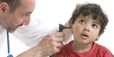 otite oreilles en danger