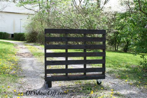 Free Standing Herb Garden by Awesome Free Standing Diy Pallet Herb Garden Grid World