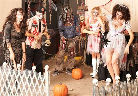 themes zombie zombie apocalypse halloween party theme halloween