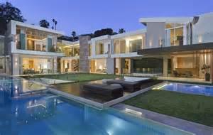 22 9 million newly built modern mansion in los angeles ca hotr