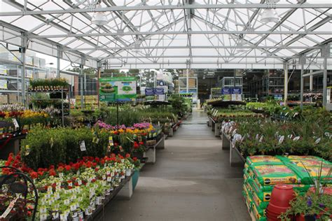 Lowes Gardening Center by Lowe S Opens Its Doors In Kdh Sun Outer
