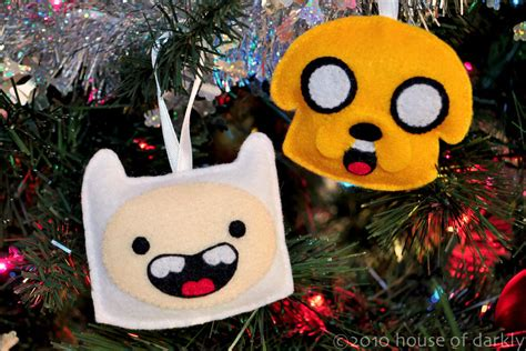 Adventure Time Ornaments - sew felt adventure time finn jake ornaments