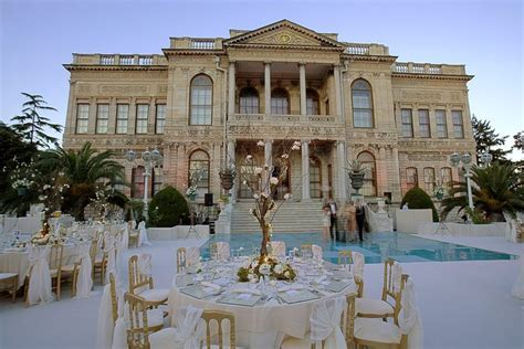 Classy Place to Have a Wedding with Mesmerizing Bosphorus