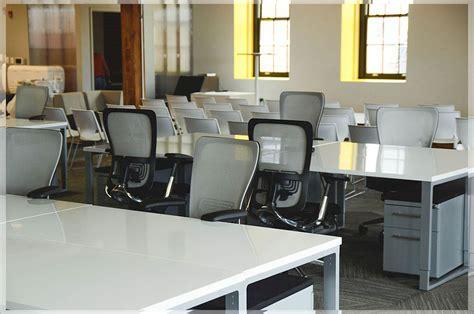 contoh layout ruang kantor desain interior kantor minimalis modern