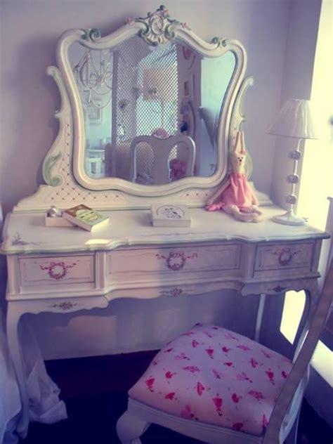 schlafzimmer mit schminktisch 25 kreative schminktisch ideen eleganz und