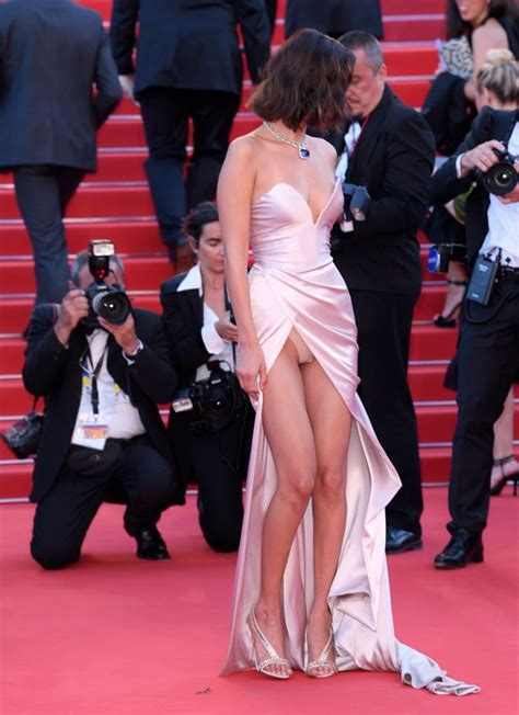 hadid suffers a serious wardrobe malfunction as she