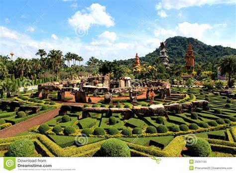 moderne gärten bilder moderner garten stockfotos bild 29297133
