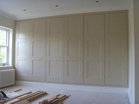 Diy Built In Wardrobe Doors - best 25 fitted wardrobes ideas on fitted