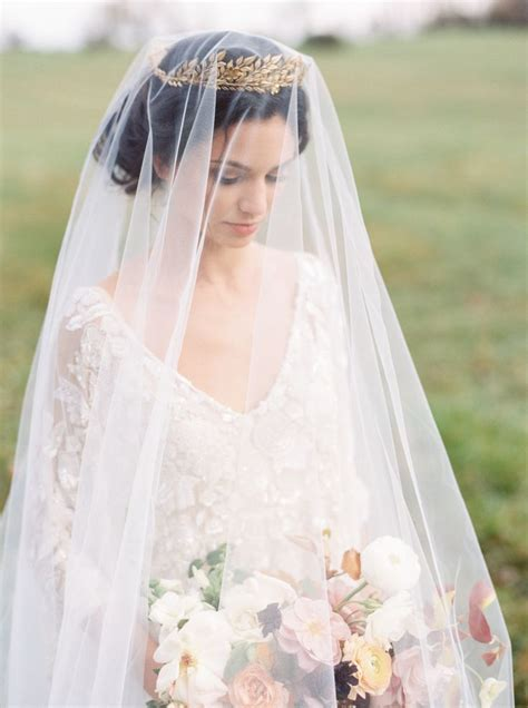 Wedding Hair For Vintage Dress by Best 20 Vintage Wedding Veils Ideas On