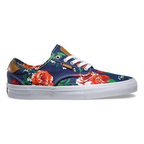 Jaket Vans Roses Navy chima ferguson pro shop skate shoes at vans