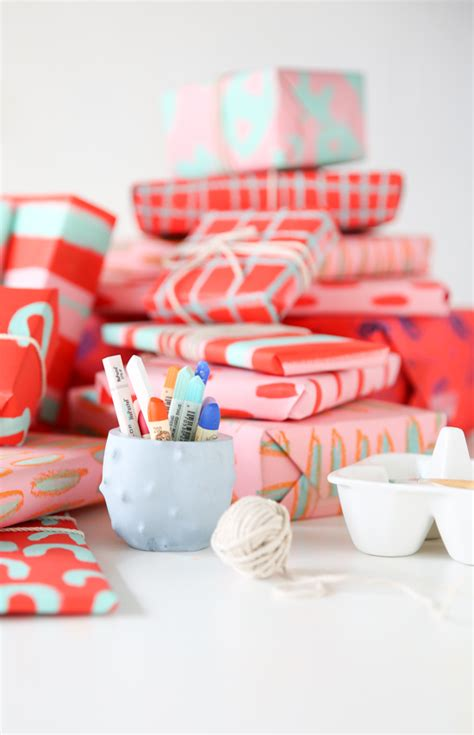 Unique Way To Wrap A Gift Card - a creative way to wrap a gift card diy gift wrap for pattern lovers paper and
