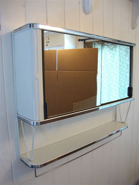 Vintage Bathroom Mirror Cabinet Vintage 50 S Metal Mirror Bathroom Wall Medicine Cabinet Chest White Chrome Mid Century