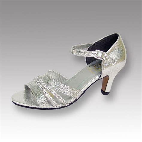 dress shoe width fic floral eryn wide width evening dress shoe for wedding prom dinner ebay