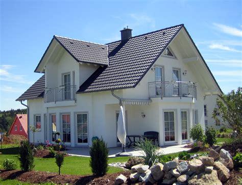 Villa Bauen Lassen by Haus Dahlie K 103 Hausbau24