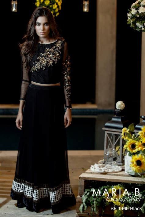 Latest Pakistani Party Dresses 2017   Designer Dresses for Women   StyleGlow.com