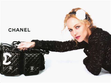To Chanel Or Not To Chanel by Chanel Images Paradis Chanel Hd Wallpaper And