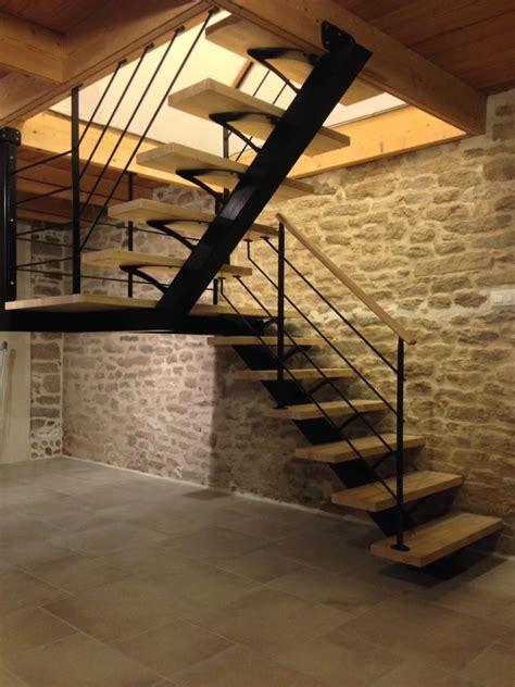 Escalier Maison Contemporaine by Escalier M 233 Tallique Demi Tournant Sur Limon Central