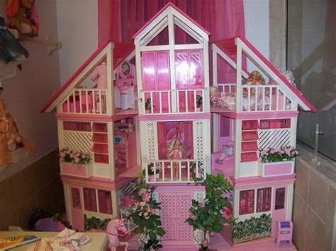 1980s barbie dream house 1000 images about barbie syuff on pinterest barbie house toys r us and elevator