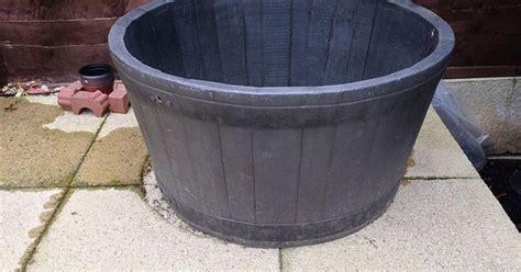 barrel planter with 3 pots resin water feature tub half barrel plastic aquatic container plastic
