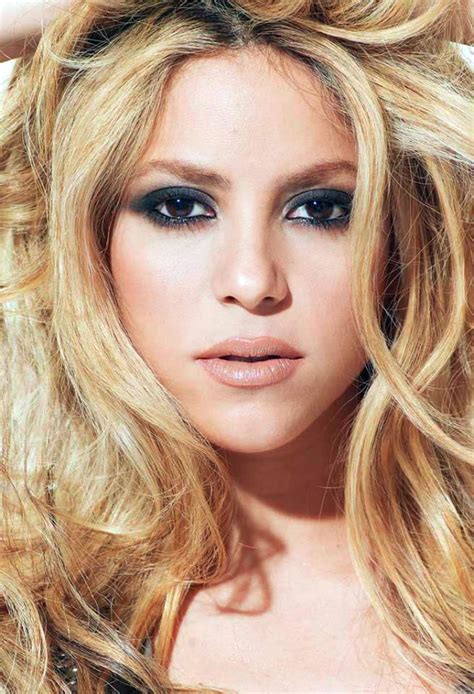 shakira s hair is amazing hair pinterest foto di shakira