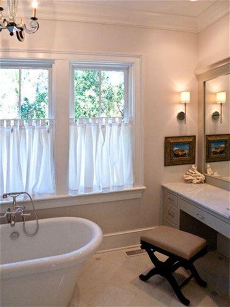 cafe curtains bathroom window best 25 half window curtains ideas on pinterest kitchen curtains bathroom window