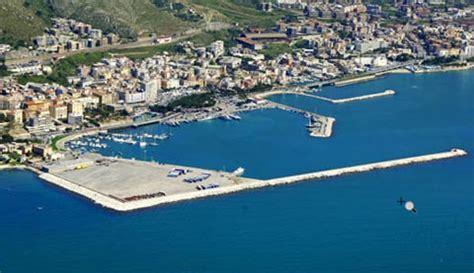 porto formia formia lt turismo e ormeggi report