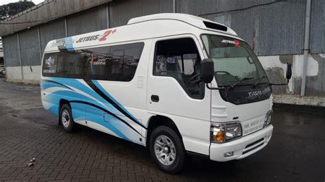 isuzu elf microbus lwb  seat adiputro mobilbekascom